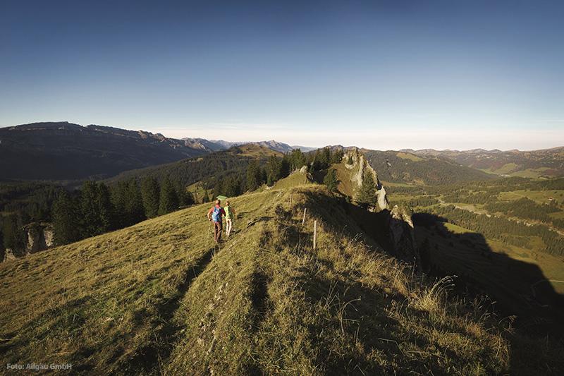 Gratanstieg auf der Gipfelstürmerroute der Wandertrilogie Allgäu