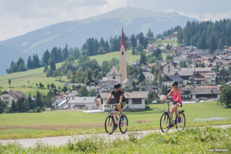 Die Rad- & Mountainbiketouren in Südtirol beginnen direkt vor dem Hotel Stoll im Gsiesertal