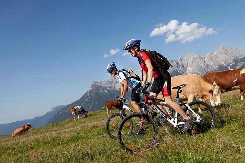 Radfahren, Mountainbiken oder E-Biken mit dem Rad das PillerseeTal erkunden