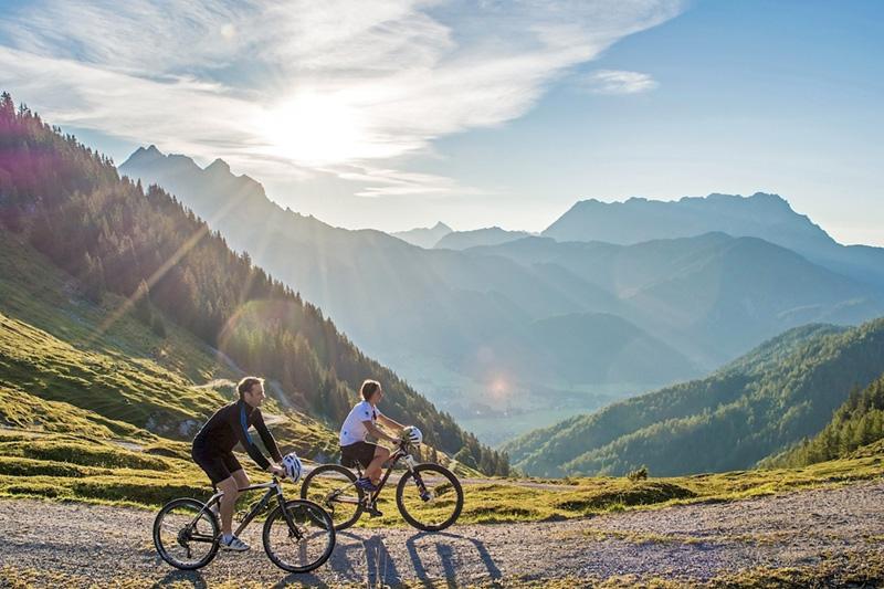 Über 500 km Rad- E-Bike und Mountainbike-Routen findest Du in der Region Kitzbüheler Alpen