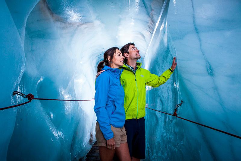 Begehbare Gletscherspalte am Kaunertaler Gletscher
