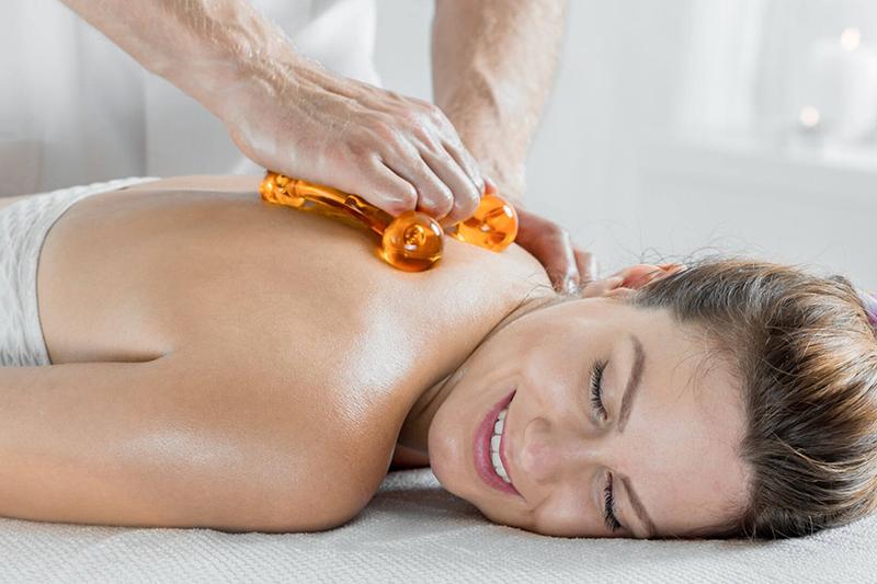 Massagen und Schönheitspflegen