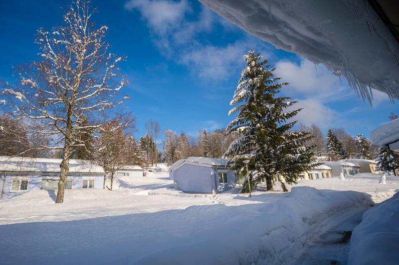 Ferienclub Maierhöfen im Winter Außenperspektive