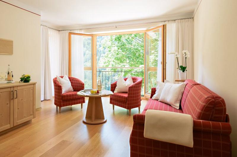 Suiten mit Wohn- und Schlafzimmer