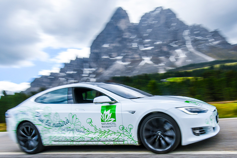 Elektroauto Tesla Model S - dieses Elektroauto kannst Du dazu buchen