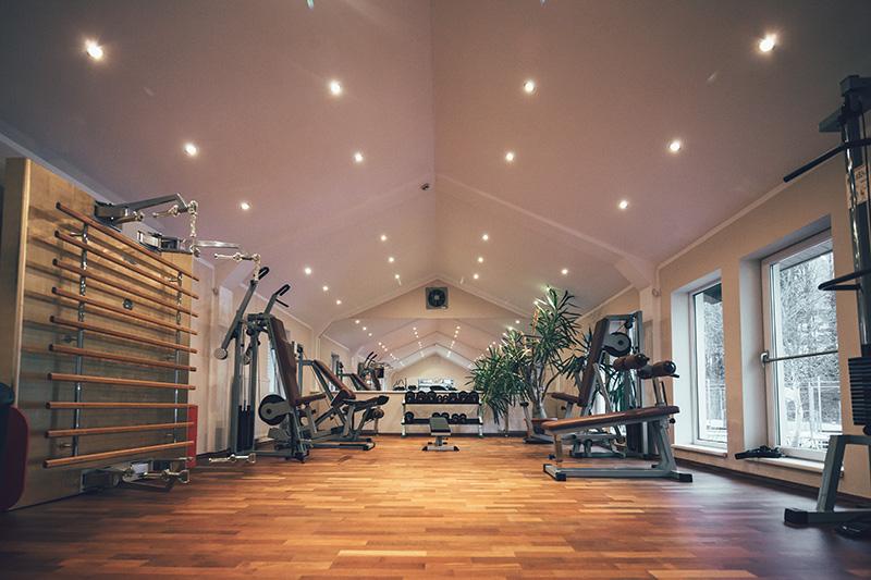 Fitnessraum Post Family Resort