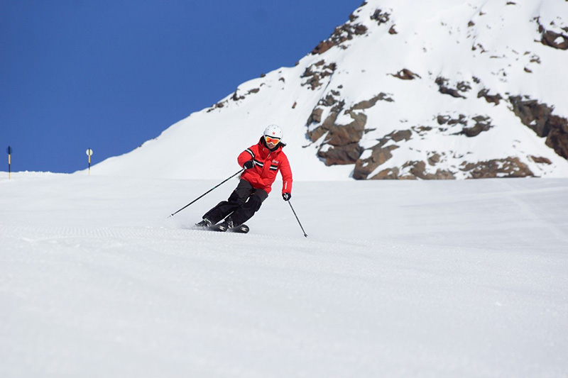 Direkt vor den Türen des Hotel Riml liegt das schneesicherste Skigebiet der Alpen: Gurgl