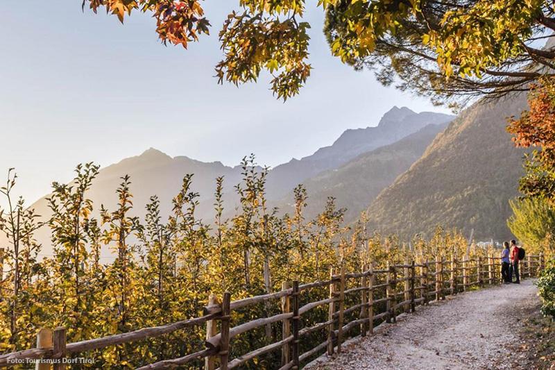 Wanderweg in Dorf Tirol