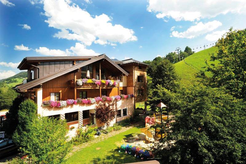 Urlaub im Familienhotel Unterreith - Hier werden die Kleinen ganz groß geschrieben, hier dürfen Kinder noch Kinder sein!