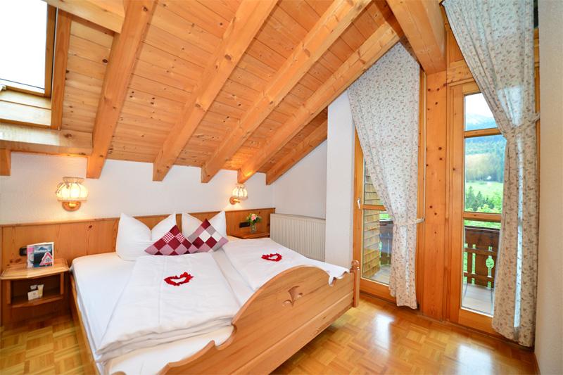 Junior Suite für 2-4 Personen (ca. 37 m²)
