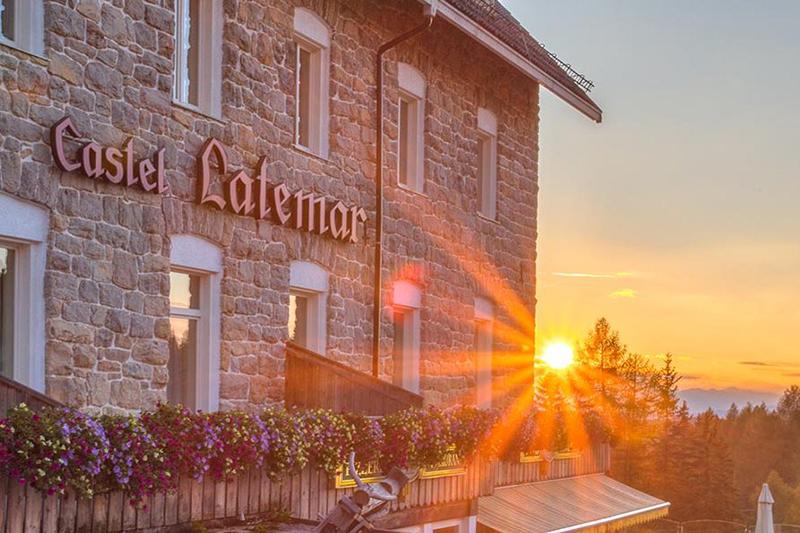 Castel Latemar Sonnenuntergang