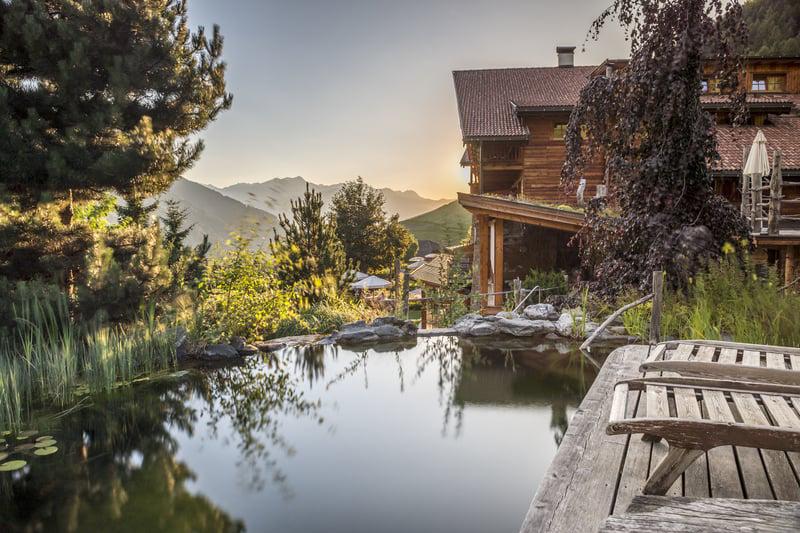 Der weitläufige Naturellness®Spa im Lüsnerhof – hier erleben die Gäste die wohltuende Kraft der Natur mit viel Platz für Privatsphäre