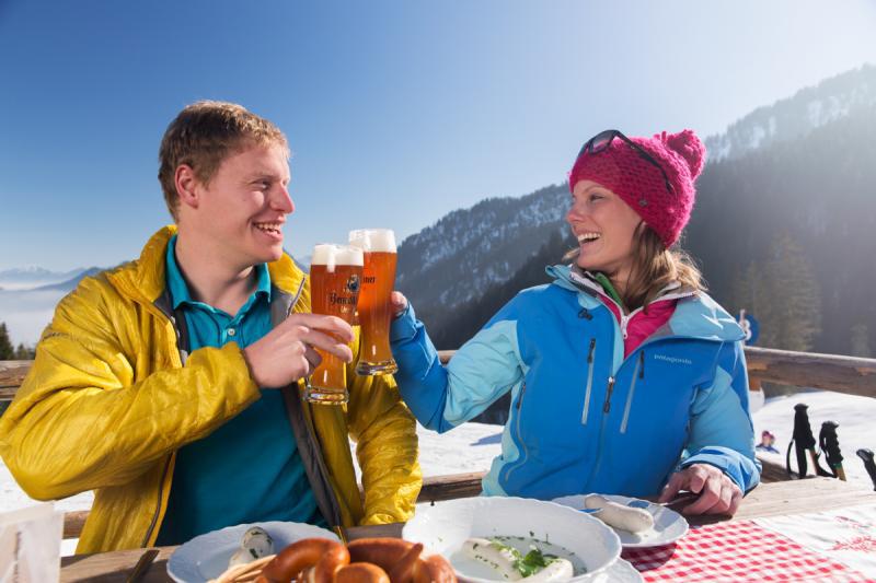 Auszeit auf der Alm in Oberammergau-Kolbensattel in den Ammergauer Alpen in Oberbayern