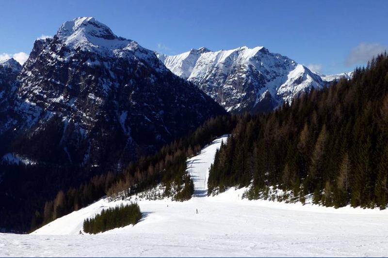 Breite Pisten am Zwölferkopf im Skigebiet Pertisau