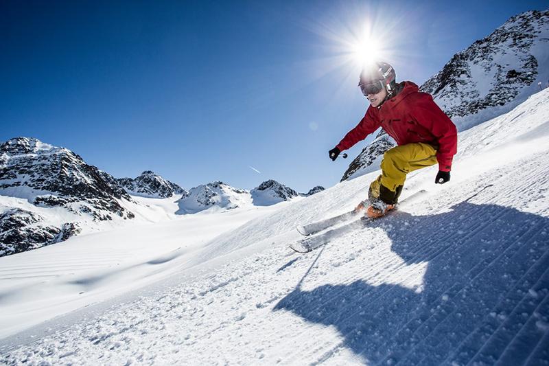 Skifahren auf der Naturschneepiste