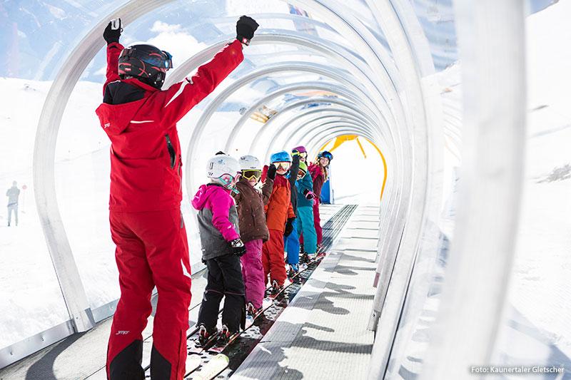 Skischule im Kinderland Kaunertaler Gletscher