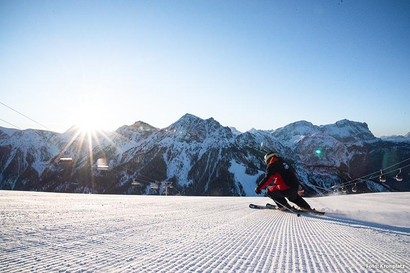 Ein Skitag am Kronplatz in den Dolomiten bringt wirklich alles mit sich, was den perfekten Tag auf der Piste ausmacht