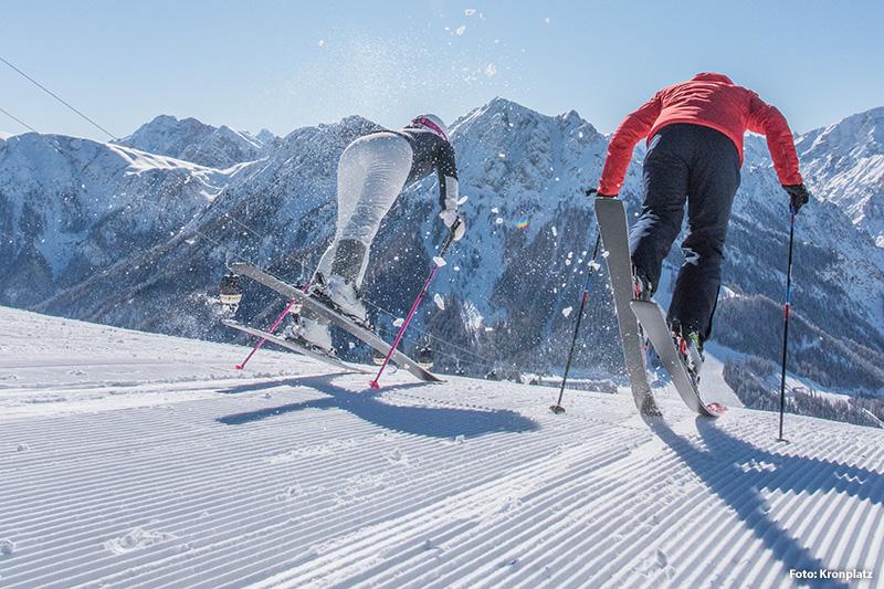 An Pistentypen wird alles geboten, was Ski-Anfänger, Gelegenheits-Wedler und Kufen-Profis sich wünschen. Lange Talabfahrten für weite, gemütliche Schwünge ebenso wie die 'Black Five', die fünf schwarzen Pisten am Kronplatz, die auch Könnern volles Geschick abverlangen