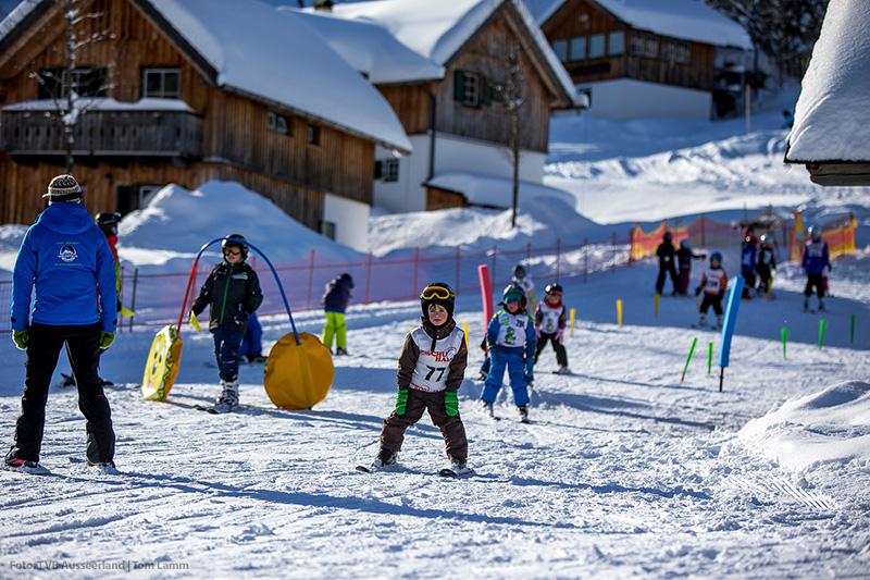 Skikinderland- lernen mit Spaß und Betreuung