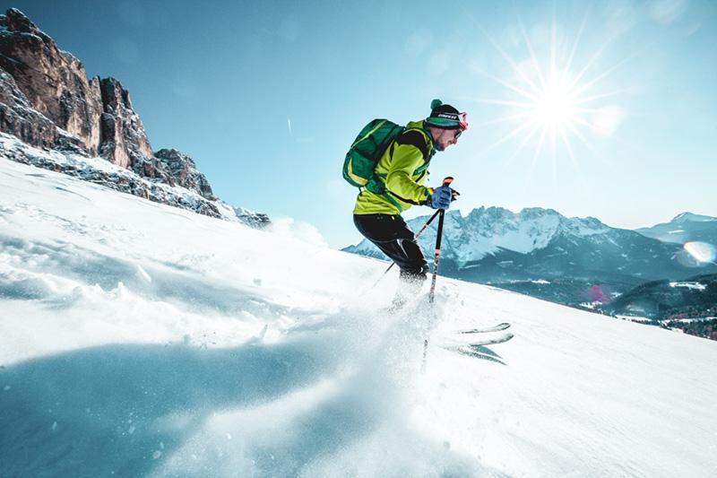 Skitour im unberührten Schnee