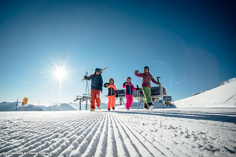 Familienfreundliche Pisten, Übungsareale, Skikurse - das bietet Dir das Skigebiet Nassfeld