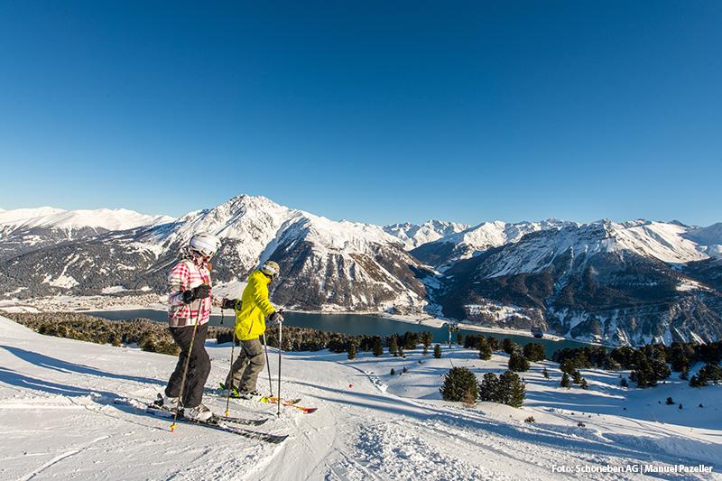 Skifahren mit einer grandiosen Aussicht auf den Reschensee und dem Haider See
