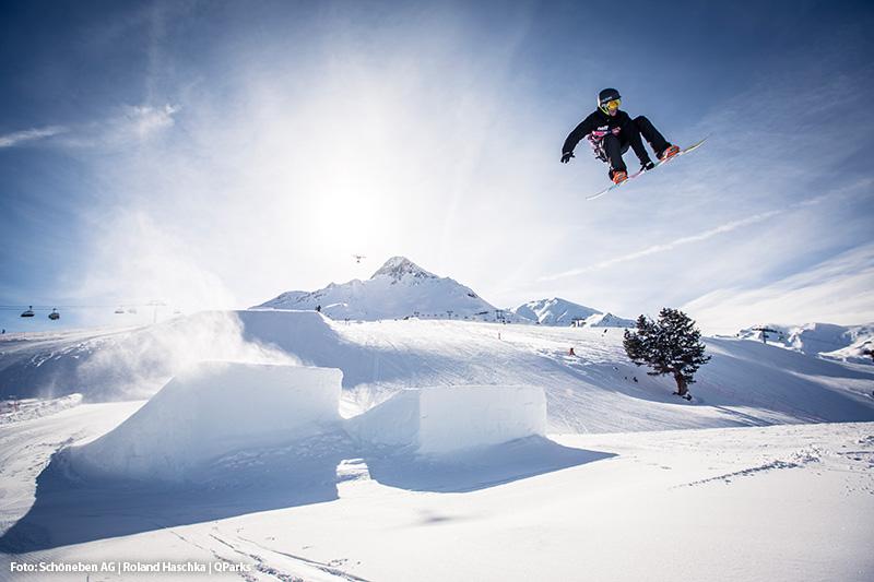 Snowpark Schöneben - Ist in einen Beginnerbereich, eine Medium Kickerline und Pro-Line für die Profis eingeteilt
