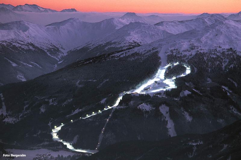 Nachtskilaufen im Skigebiet Bergeralm