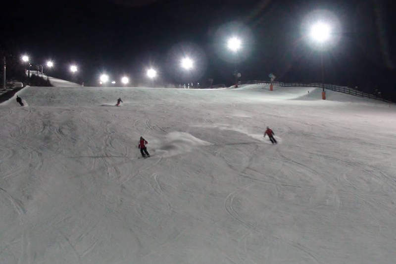 Nachtskifahrenim Skigebiet Bergeralm, Wipptal - Tirol