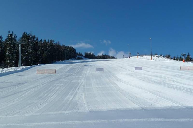Perfekte Pistenverhältnisse im Skiegebiet Bergeralm