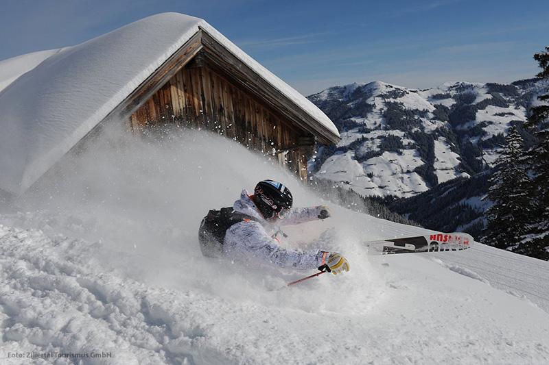Tiefschnee Ski im Zillertal in Tirol