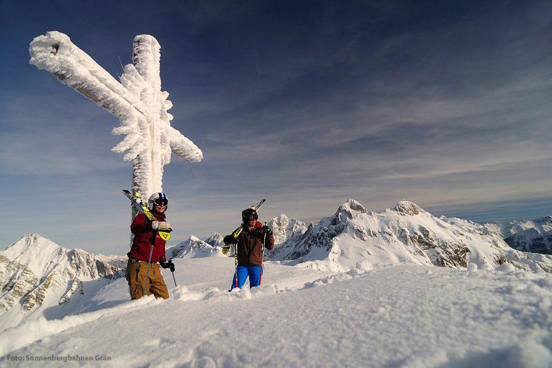 Skifahren am Gipfelkreuz Grän - Füssener Jöchle