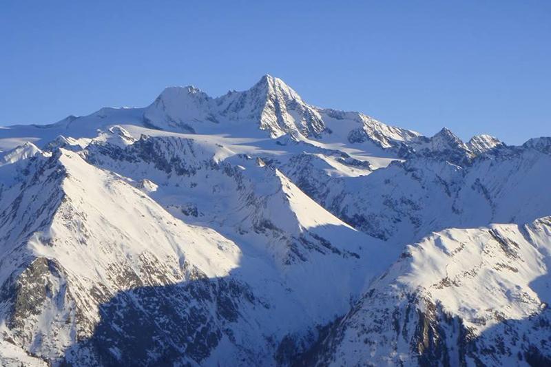 Der Großglockner - Wahrzeichen des Skigebiets im Nationalpark Hohe Tauern - Osttirol