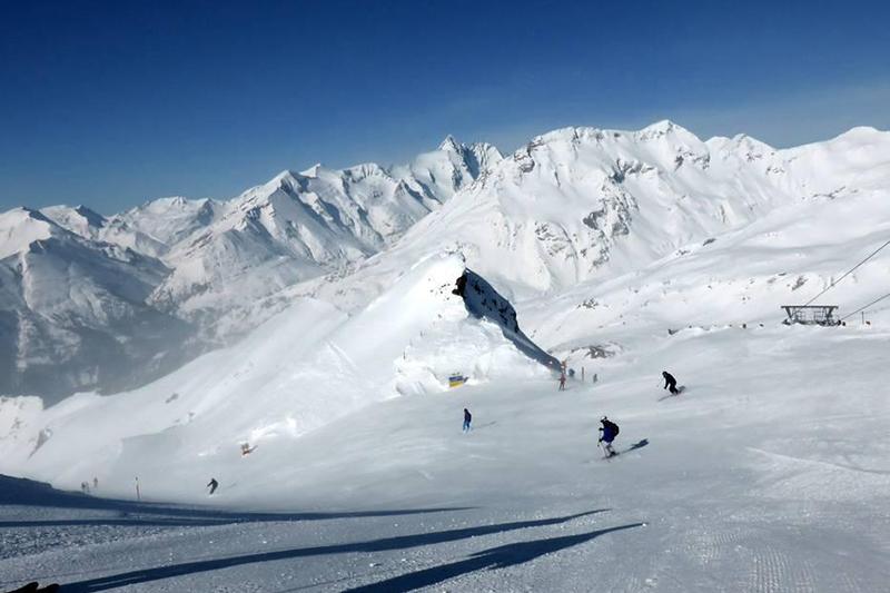 Schareckabfahrt auf 2.600 m in Heiligenblut in Kärnten