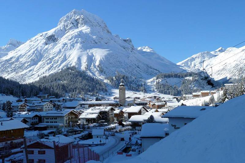 Blick auf Lech in der Naturparkregion Lechtal-Reutte - Tirol