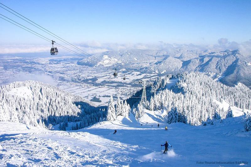 Traumhafter Blick über das Skigebiet Lenggries