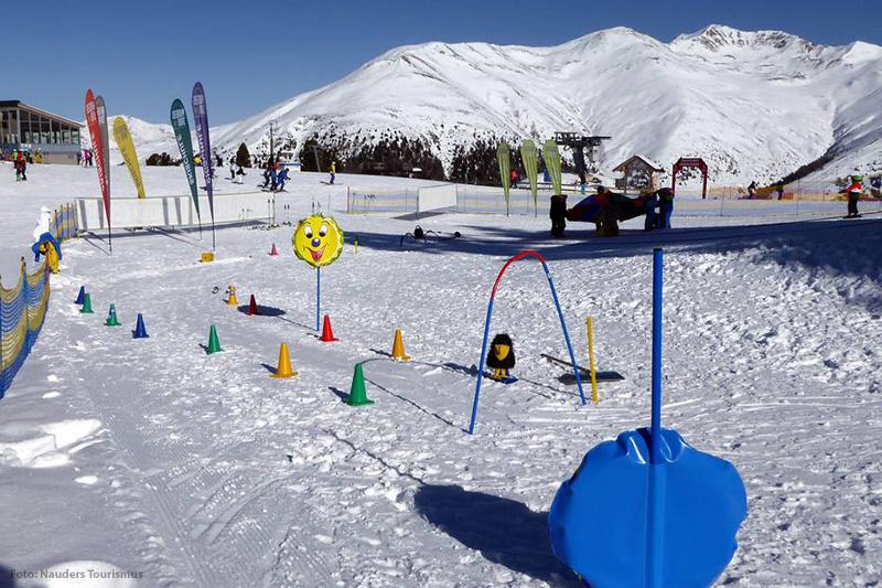 Skischule am Kinderland im Skigebiet Nauders