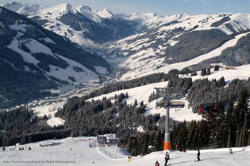 Ausblick auf Saalbach und Hinterglemm
