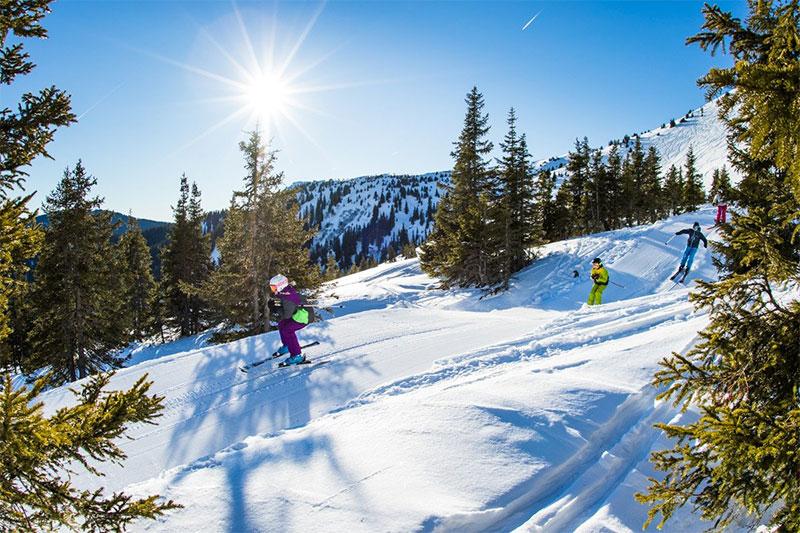 Snowtrails mit Naturschnee