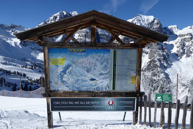 Infotafel im Skigebiet Schlick2000