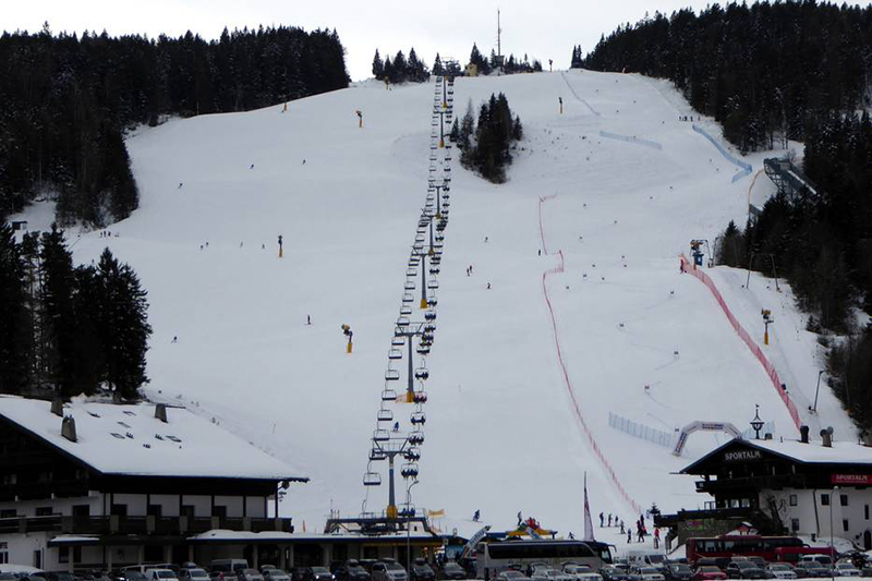 Sesselbahn zum Gschwandtkopf in Tirol