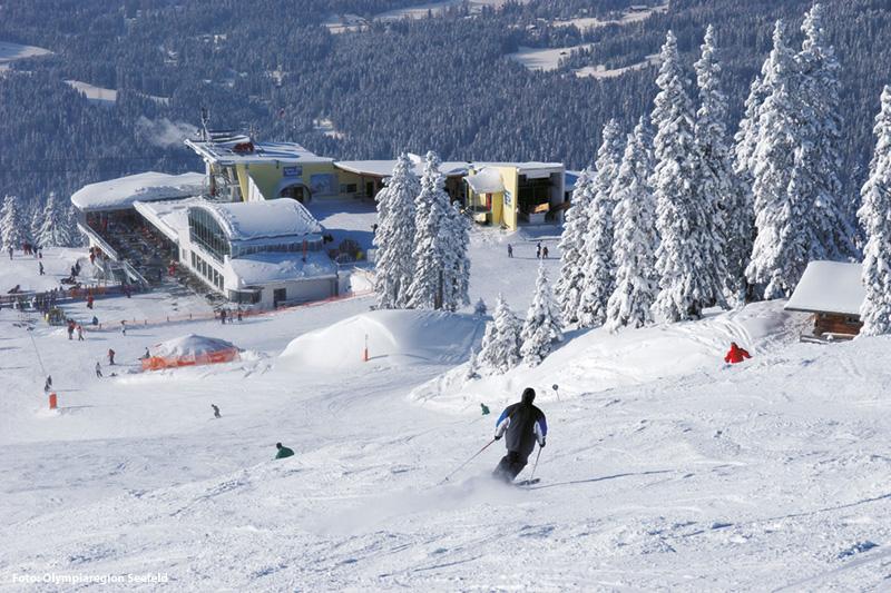 Mittelstation Seefeld-Rosshütte in Tirol