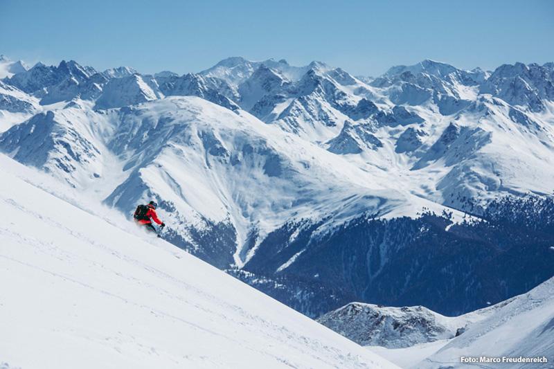Abenteuer auf unberührten Hängen und Skispaß vom Feinsten abseits präparierter Pisten