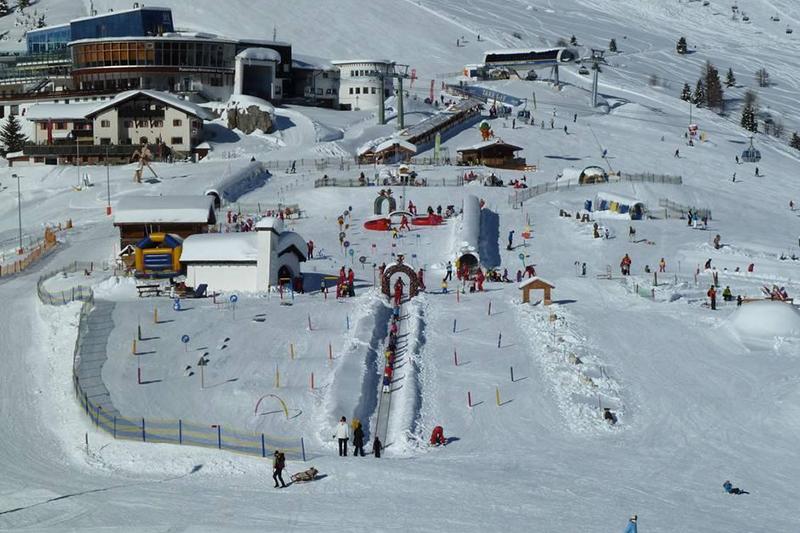 Kinderschneealm im Skigebiet Serfaus-Fiss-Ladis im Tiroler Oberland