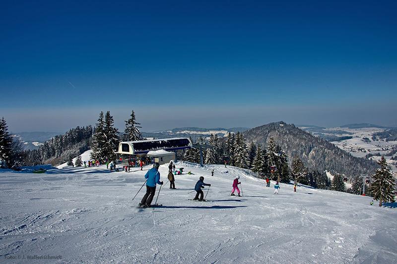 Skifahren im Thalkirchdorf