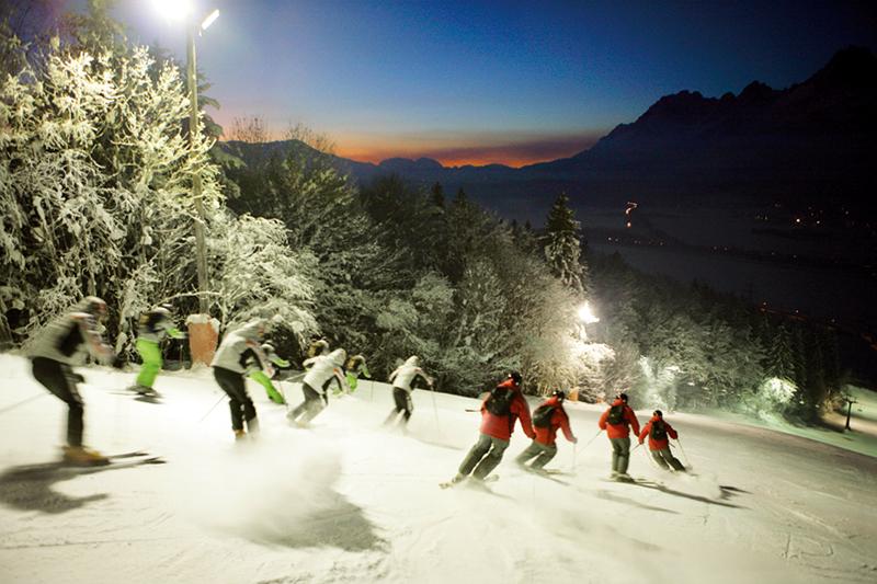 Nachtskifahren im St. Johann - Oberndorf in den Kitzbüheler Alpen