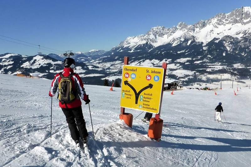 Pistenausschilderung im Skigebiet St. Johann - Oberndorf