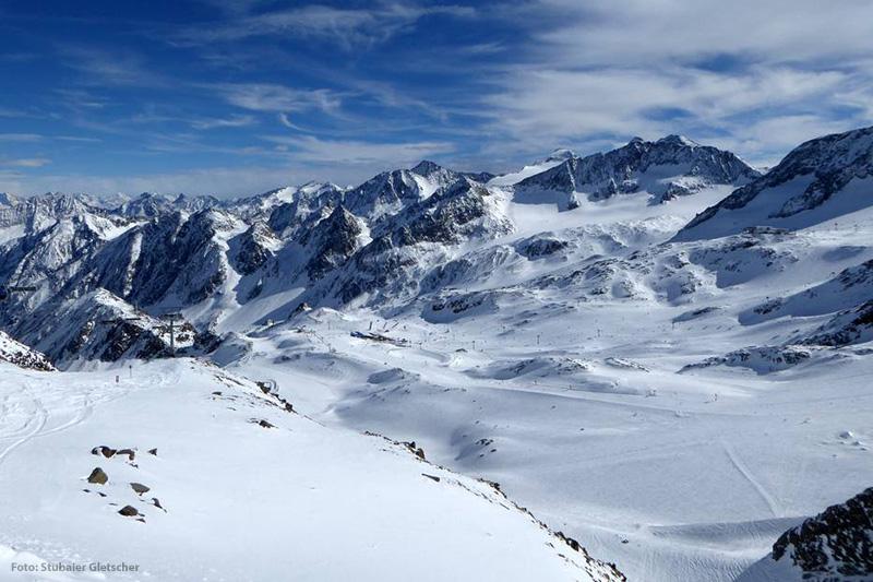 Ausblick vom Daunjoch über den Stubaier Gletscher