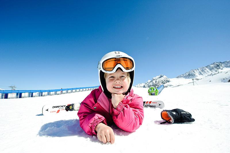 Family-Ski-Camp Stubaier Gletscher in Österreich