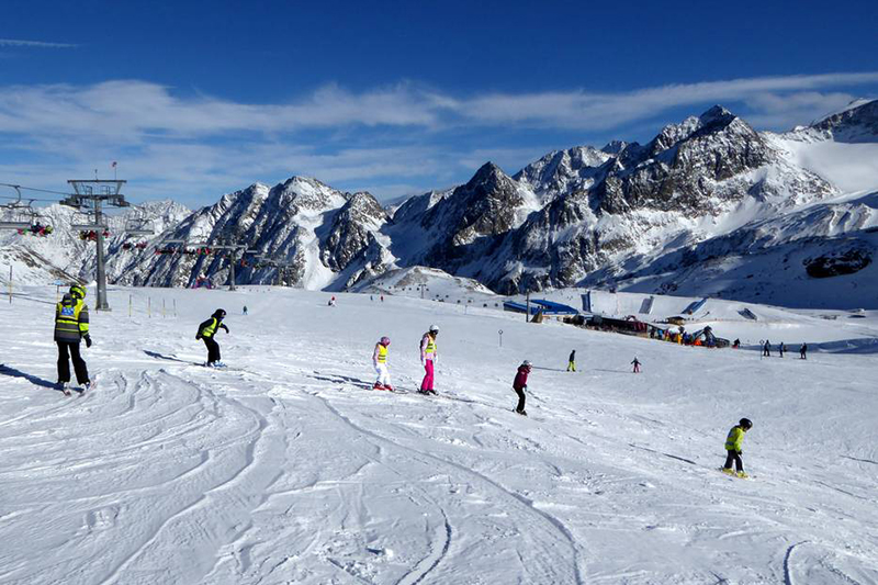 Übungshang am Stubaier Gletscher